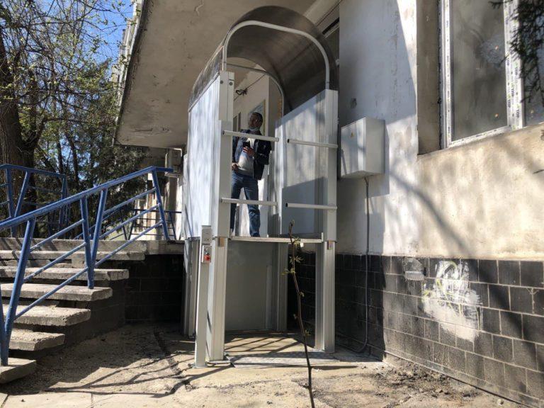 Монтаж подъёмника БК 450 в г. Евпатория